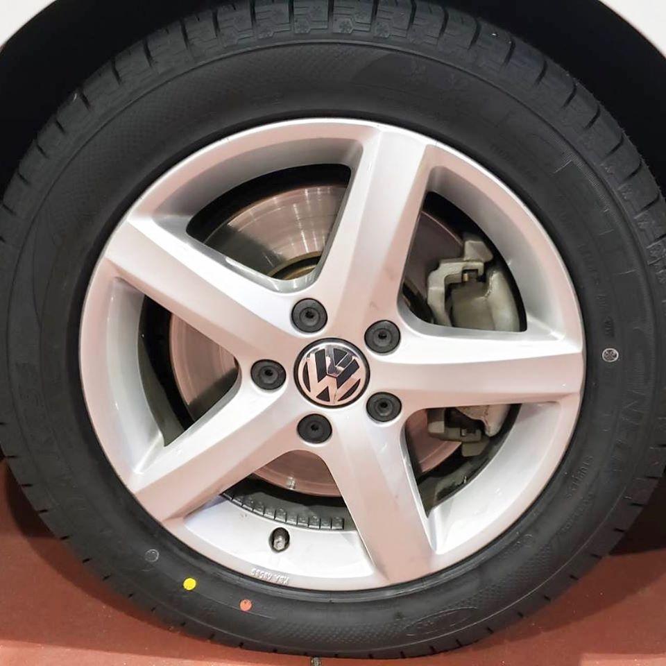 伊賀市、持ち込みタイヤ交換 シェル セルフニューハートSS VW 205/55R16 4本6000円