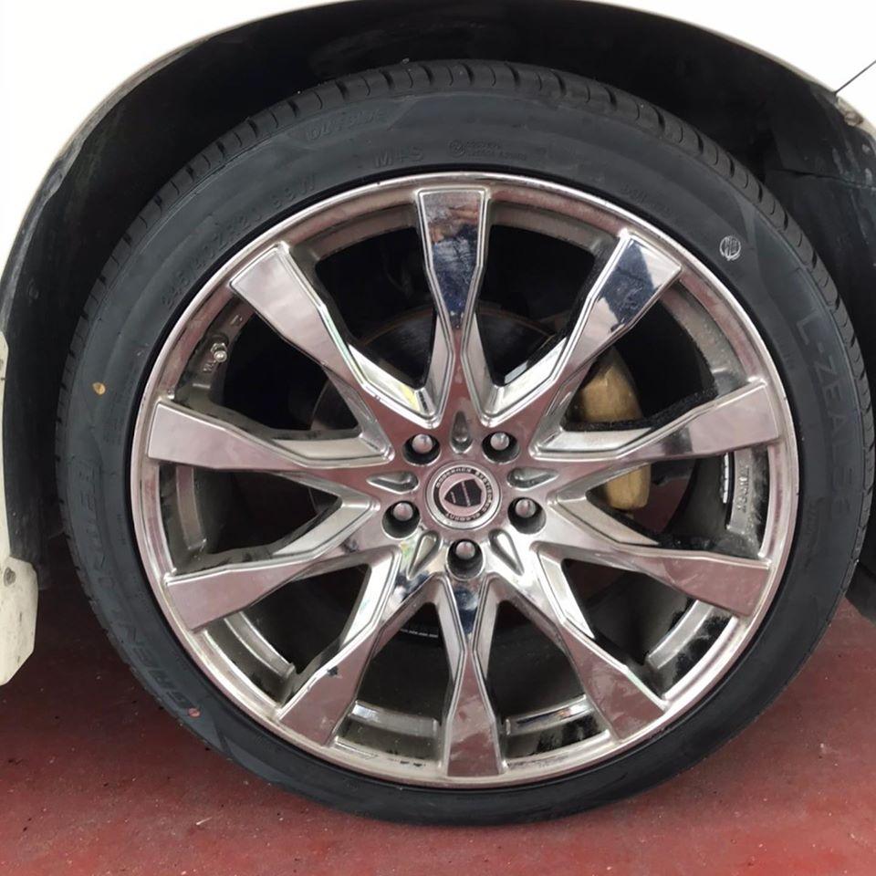 【伊賀市】タイヤ持ち込み交換 シェル セルフニューハートSS  トヨタ  アルファード 245/40R20  4本11000円