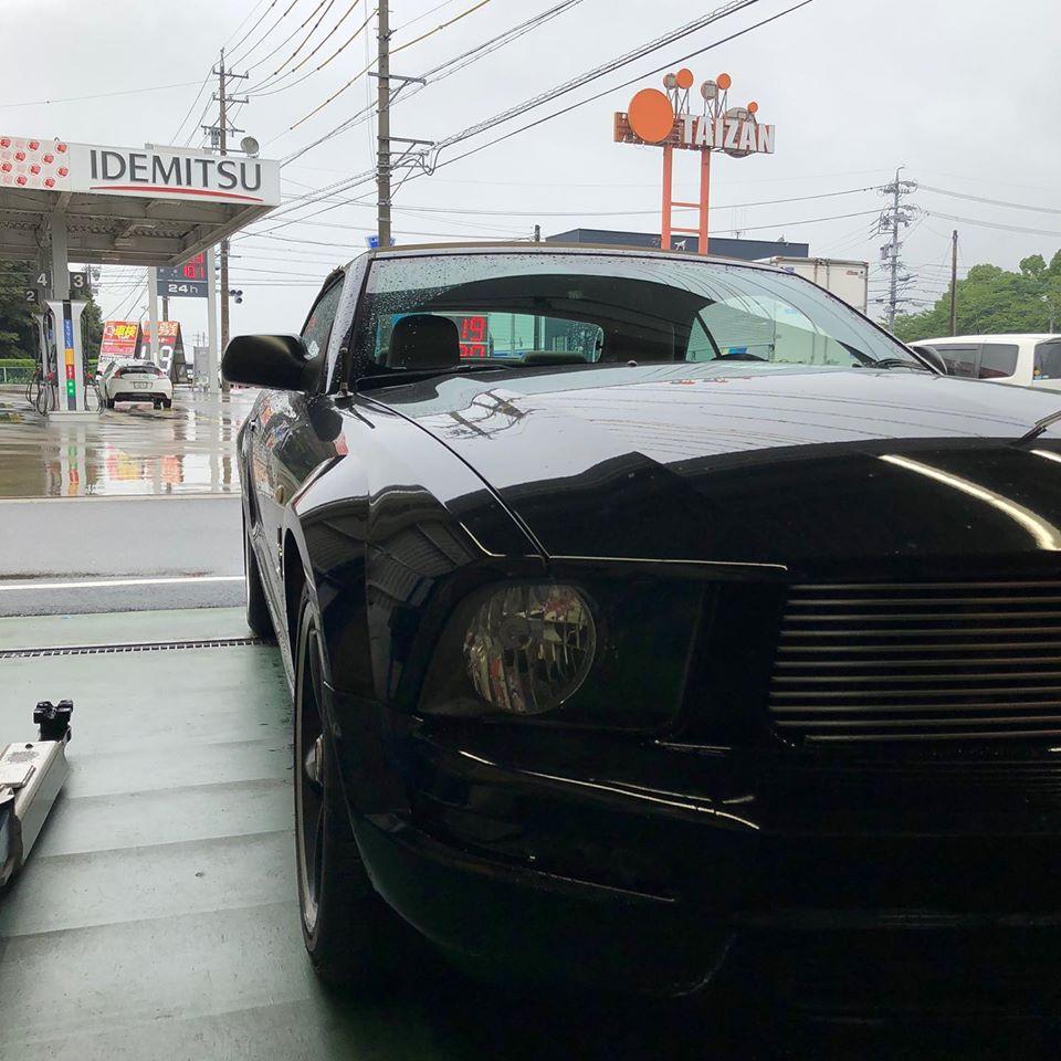三重郡、タイヤ持ち込み交換 出光 ミルクロード店 フォード  マスタング 245/45R18 4本7000円