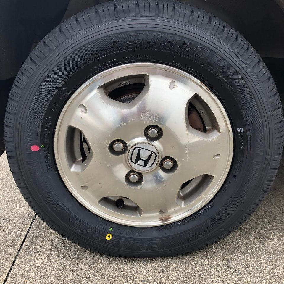 三重郡、タイヤ持ち込み交換 出光 ミルクロード店  ホンダ  バモス 145R12 6PR 4本5000円