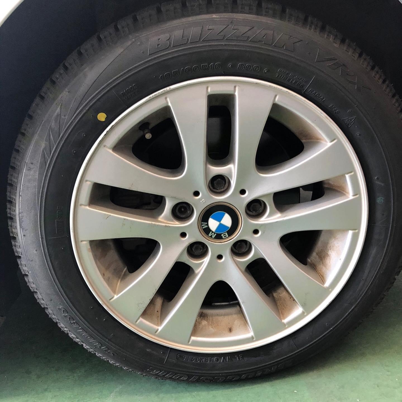 三重郡、タイヤ持ち込み交換 出光 ミルクロード店 BMW  195/60R16 4本6000円