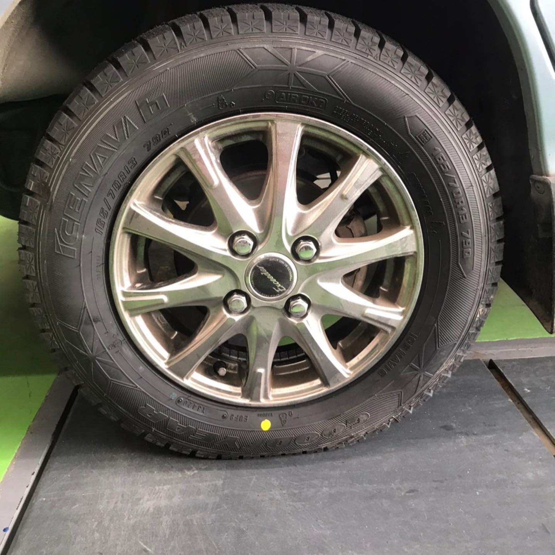 【話題の節約術】タイヤ持ち込み交換 シェル セルフニューハートSS  スバル  サンバー 165/70R13 4本 5000円