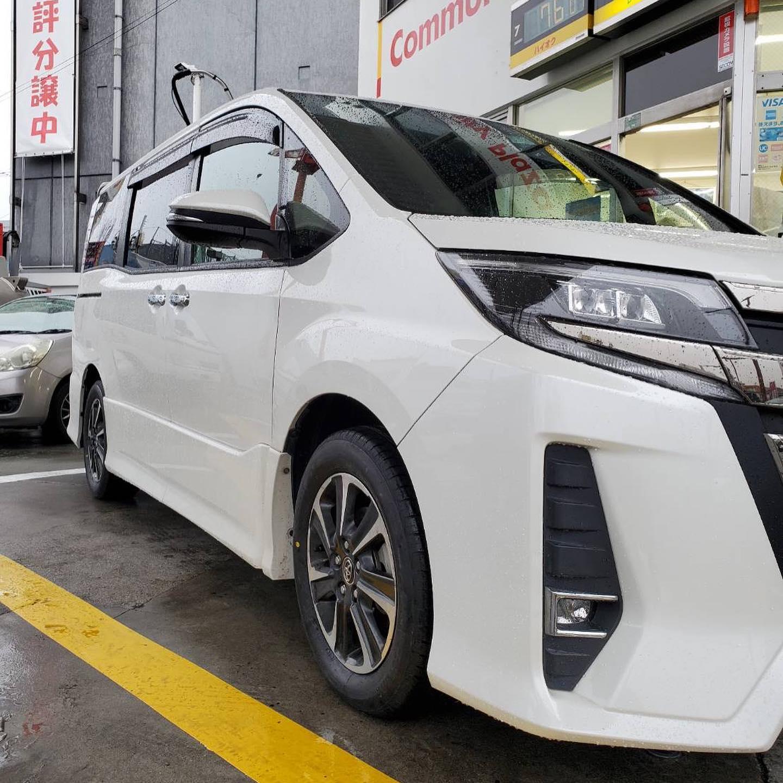 タイヤ持ち込み交換 シェル 桑名店  トヨタ  ノア  205/60R16 4本6600円