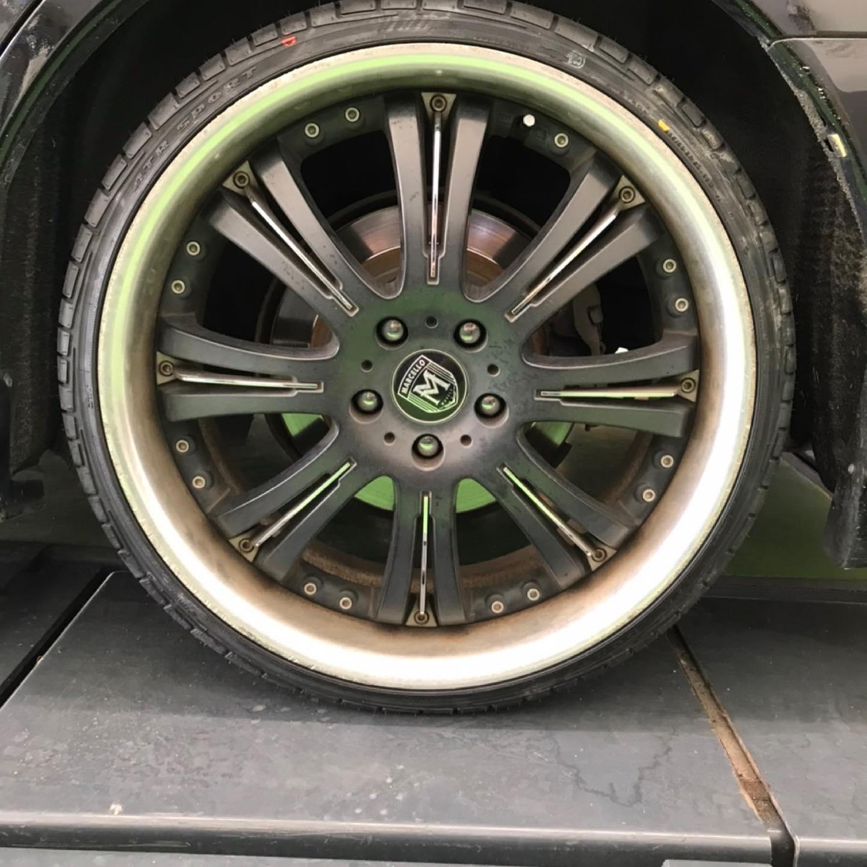 【話題の節約術】タイヤ持ち込み交換 シェル セルフニューハートSS  トヨタ  マジェスタ  235/30R20  2本 7700円