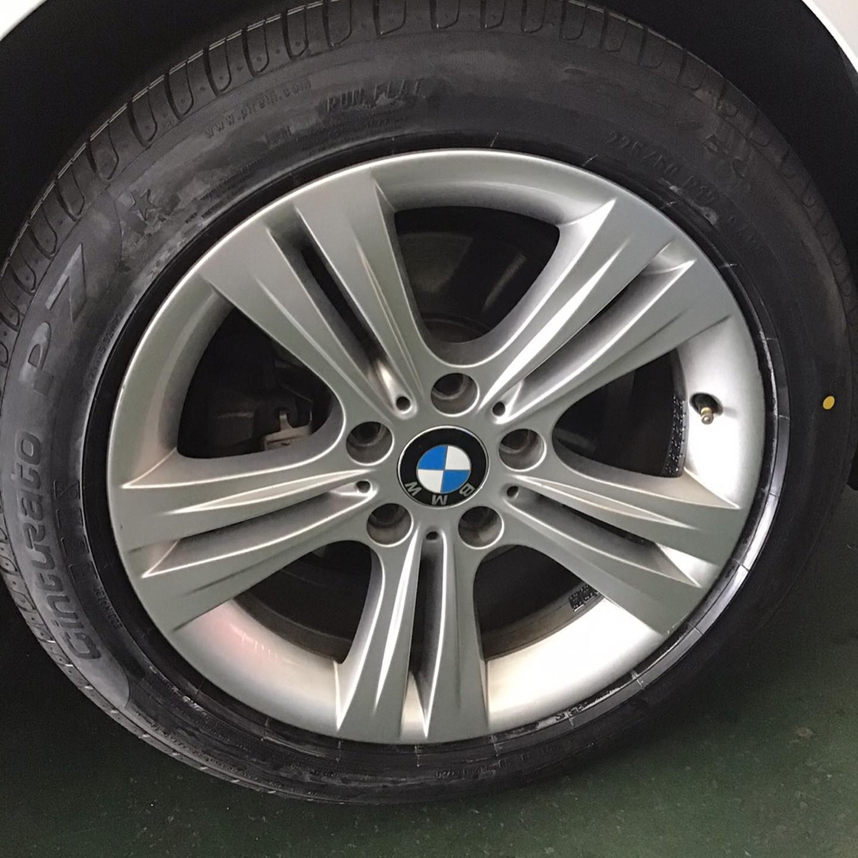 三重県津市、タイヤ持ち込み交換 出光 津市久居インター店  BMW  320d  225/50R17 4本 7700円